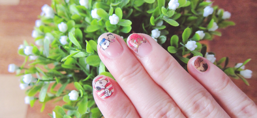 Snoopy Nails 2015